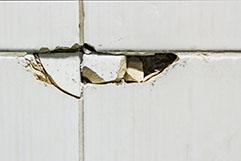 タイルの破損